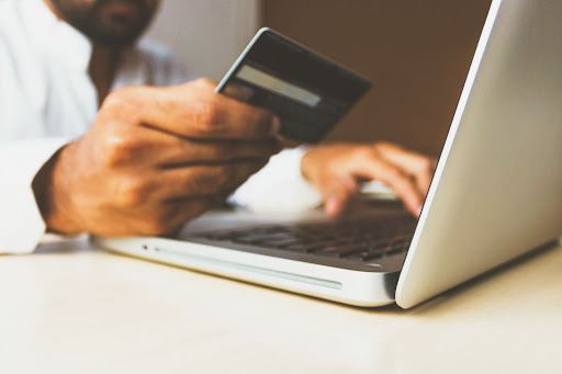 difference between a payment switch and a payment gateway
